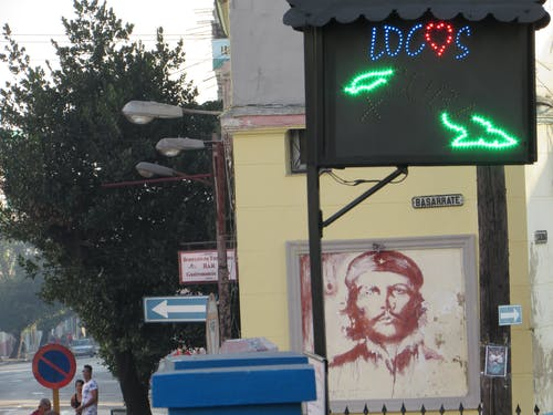 Free stock photo of calle, cartel, che