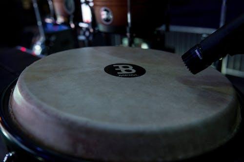 Безкоштовне стокове фото на тему «барабан, бонго»