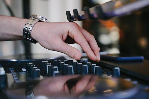 Imagine de stoc gratuită din DJ Mixer, echipament audio, electronice