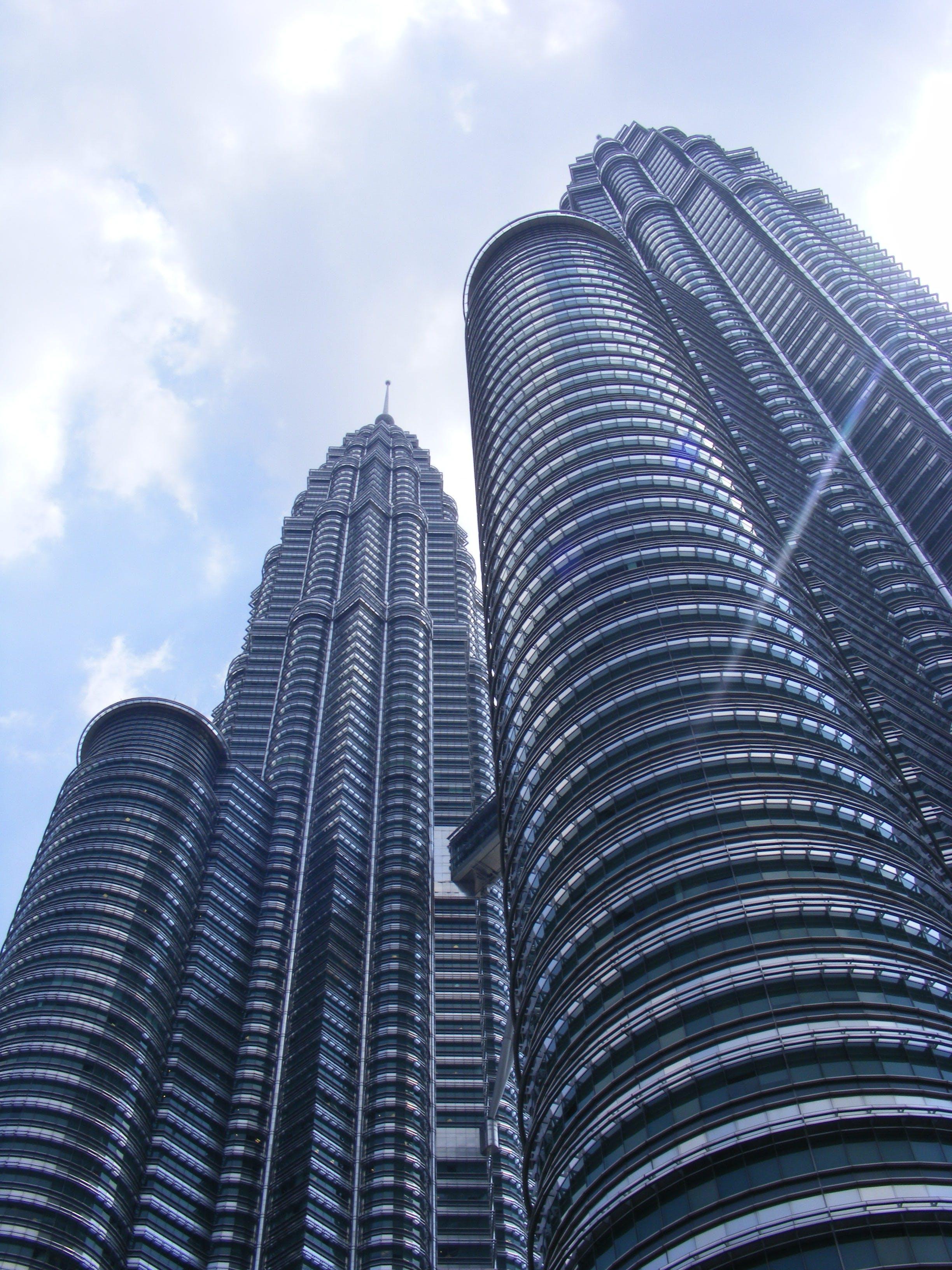 Δωρεάν στοκ φωτογραφιών με kuala lumpur, αρχιτεκτονική, δίδυμοι πύργοι Πετρόνας, δομή από χάλυβα και τσιμέντο