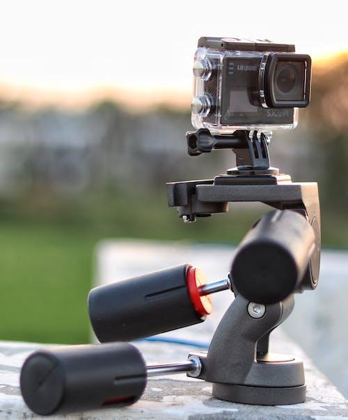 Ilmainen kuvapankkikuva tunnisteilla kamera, kolmijalka, linssi