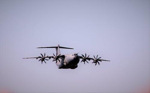 戰鬥機, 戶外, 旋轉葉片 的 免費圖庫相片
