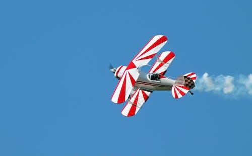 Fotobanka sbezplatnými fotkami na tému dvojplošník, exteriéry, ľahké lietadlá