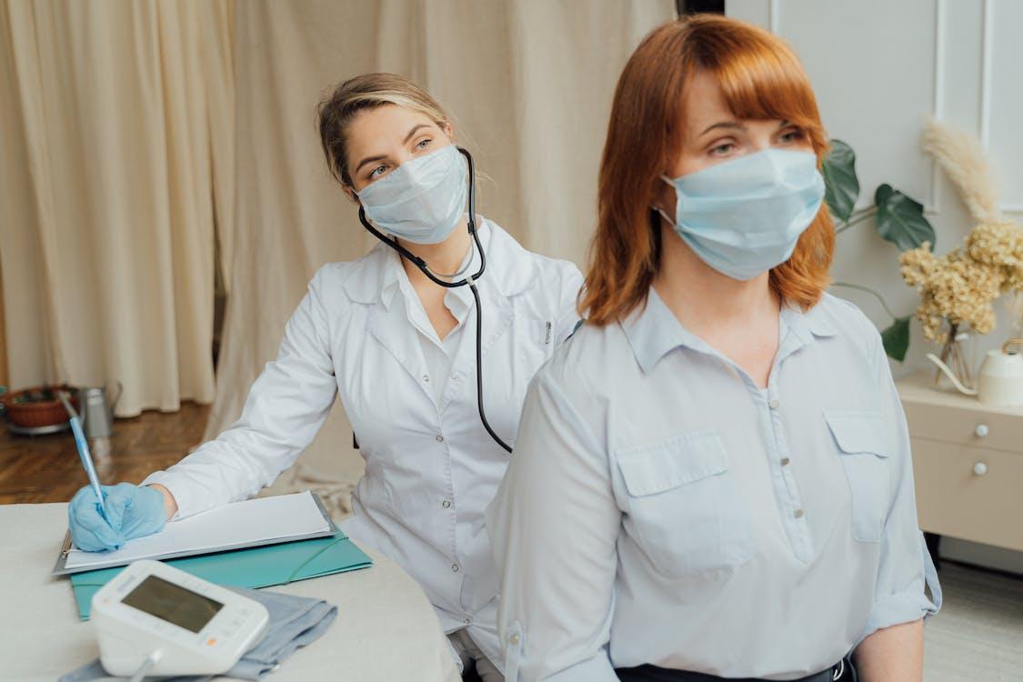 Ngành nghề chăm sóc sức khỏe trong chương trình nhập cư mới