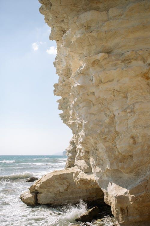 Kostnadsfri bild av hav, klippa, klippformation