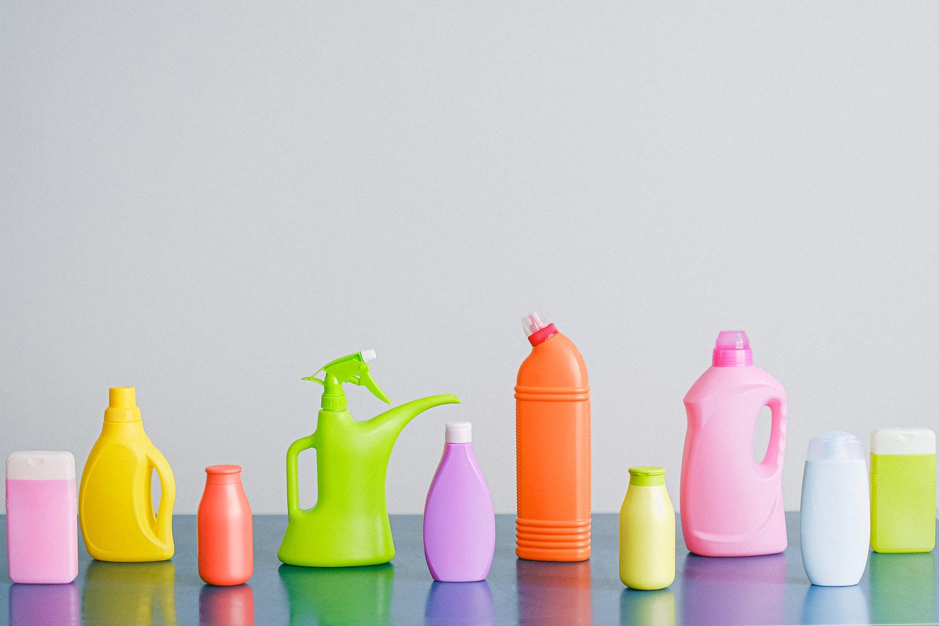 Polypropylene Detergent Bottles Image