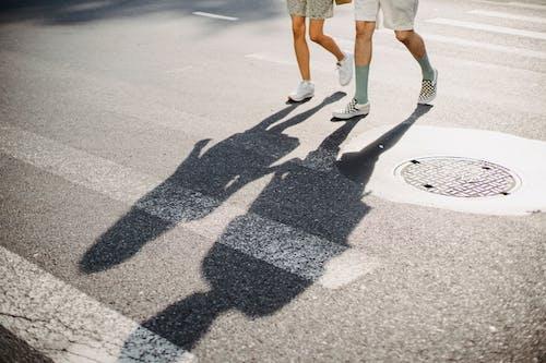 Gratis stockfoto met afspraakje, anoniem, asfalt, binden