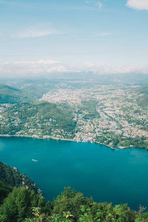 Základová fotografie zdarma na téma cestování, como lake, dřevo, hora