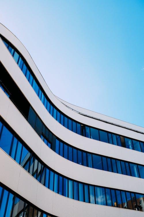 คลังภาพถ่ายฟรี ของ การสะท้อน, ตัวเมือง, ตึกระฟ้า, ทันสมัย