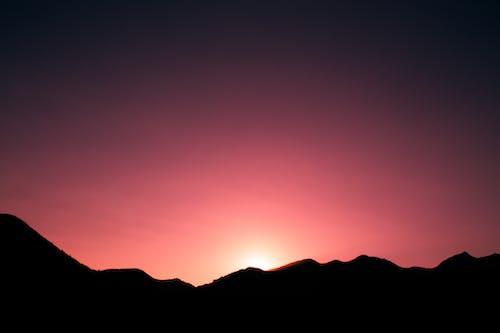 Безкоштовне стокове фото на тему «вечірнє сонце, гарний захід сонця, золотий захід сонця»
