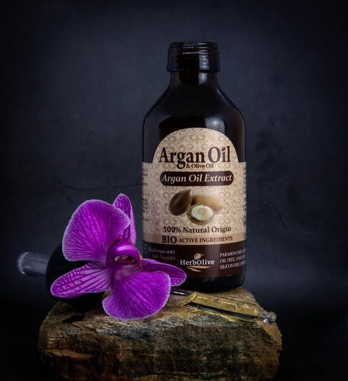 Organic Oils Extract in a Bottle