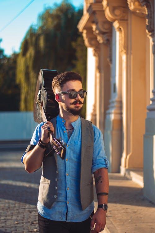 Fotobanka sbezplatnými fotkami na tému cestovať, denné svetlo, dospelý