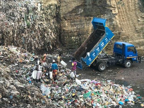 Garbage Track Discharging Garbages on Dumpsite