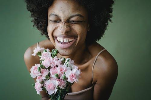 Aşk, cazibe, çekicilik içeren Ücretsiz stok fotoğraf