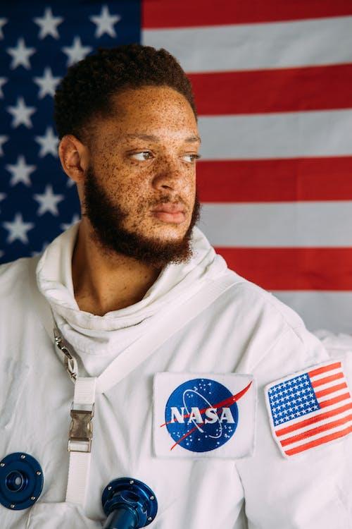 คลังภาพถ่ายฟรี ของ กระ, คน, ชายชาวแอฟริกันอเมริกัน, ชุดอวกาศ