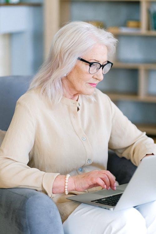 Immagine gratuita di andare in pensione, anziano, assegno, capelli grigi