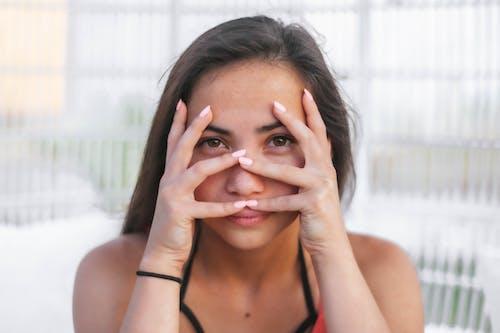 Free stock photo of beautiful eyes, beautiful girl, bright eyes, hide and seek
