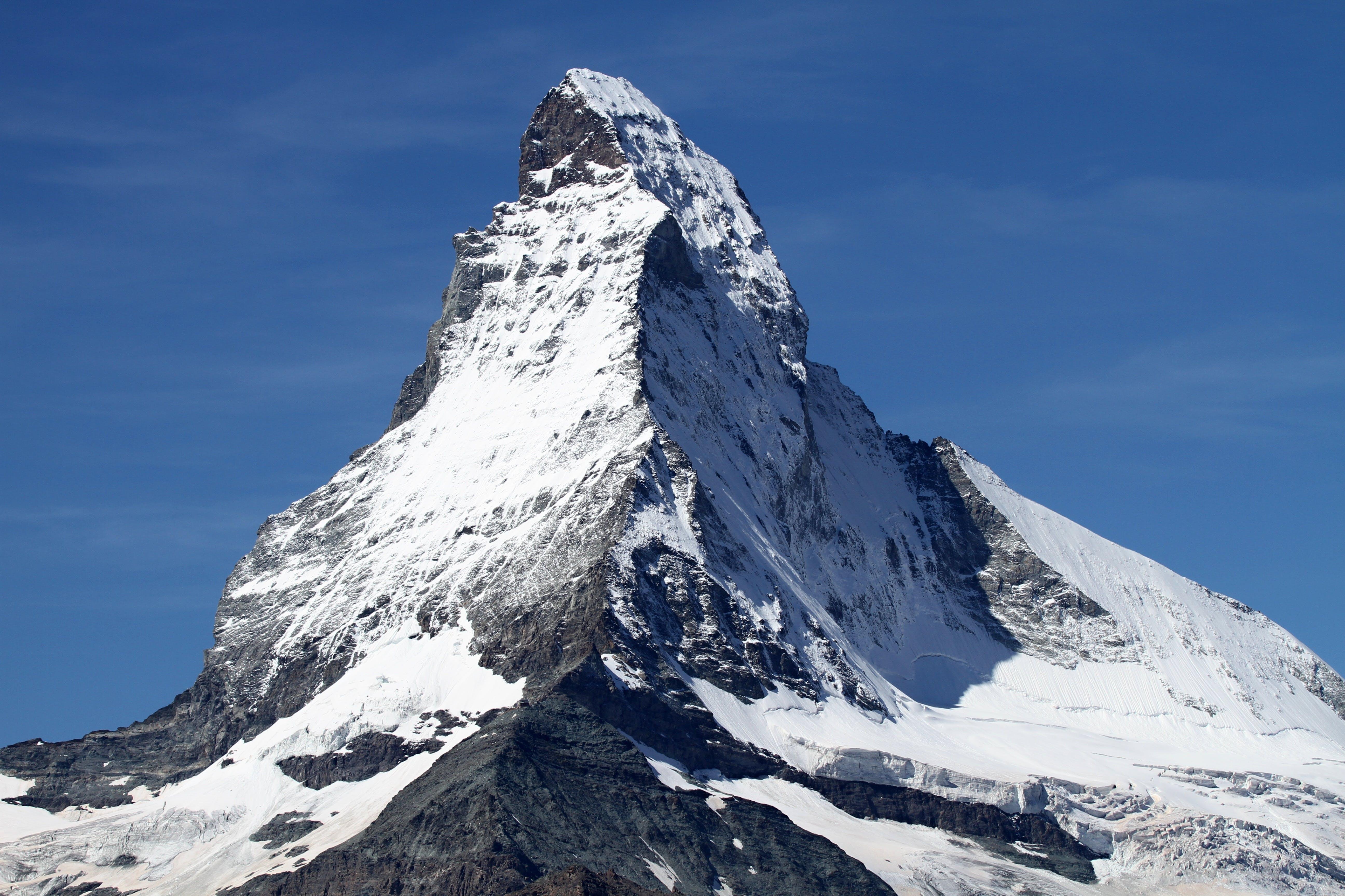 Gratis lagerfoto af bjerg, bjergtinde, bjergtop, himmel