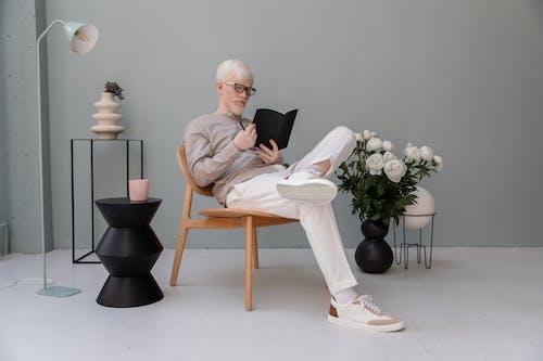 Photos gratuites de agenda, albinos, barbe, businessman