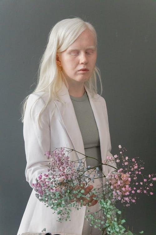 Ilmainen kuvapankkikuva tunnisteilla albiino, aromi, blondie