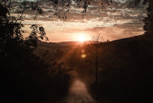 Бесплатное стоковое фото с вечер, гора, закат, зима