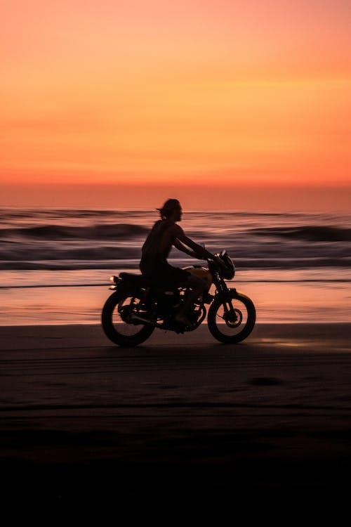 Immagine gratuita di acqua, alba, avventura, azione