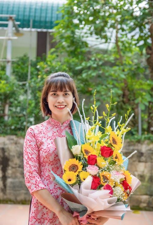 Foto stok gratis bagus, buket, bunga-bunga