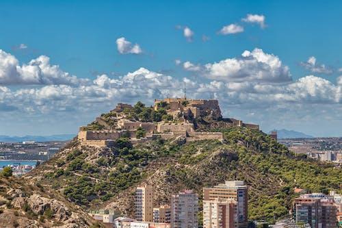 Foto profissional grátis de castelo, palácio