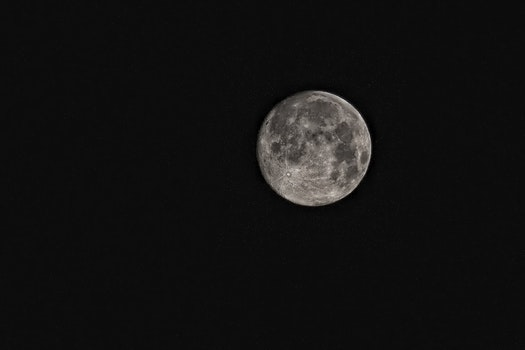 Free stock photo of black-and-white, sky, night, moon