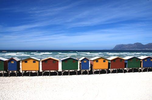 人, 夏天, 天空, 岸邊 的 免費圖庫相片