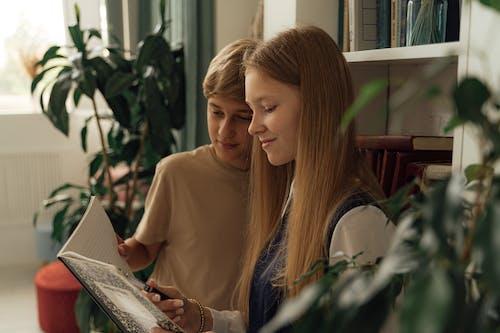 Imagine de stoc gratuită din adolescenți, băiat, caiet