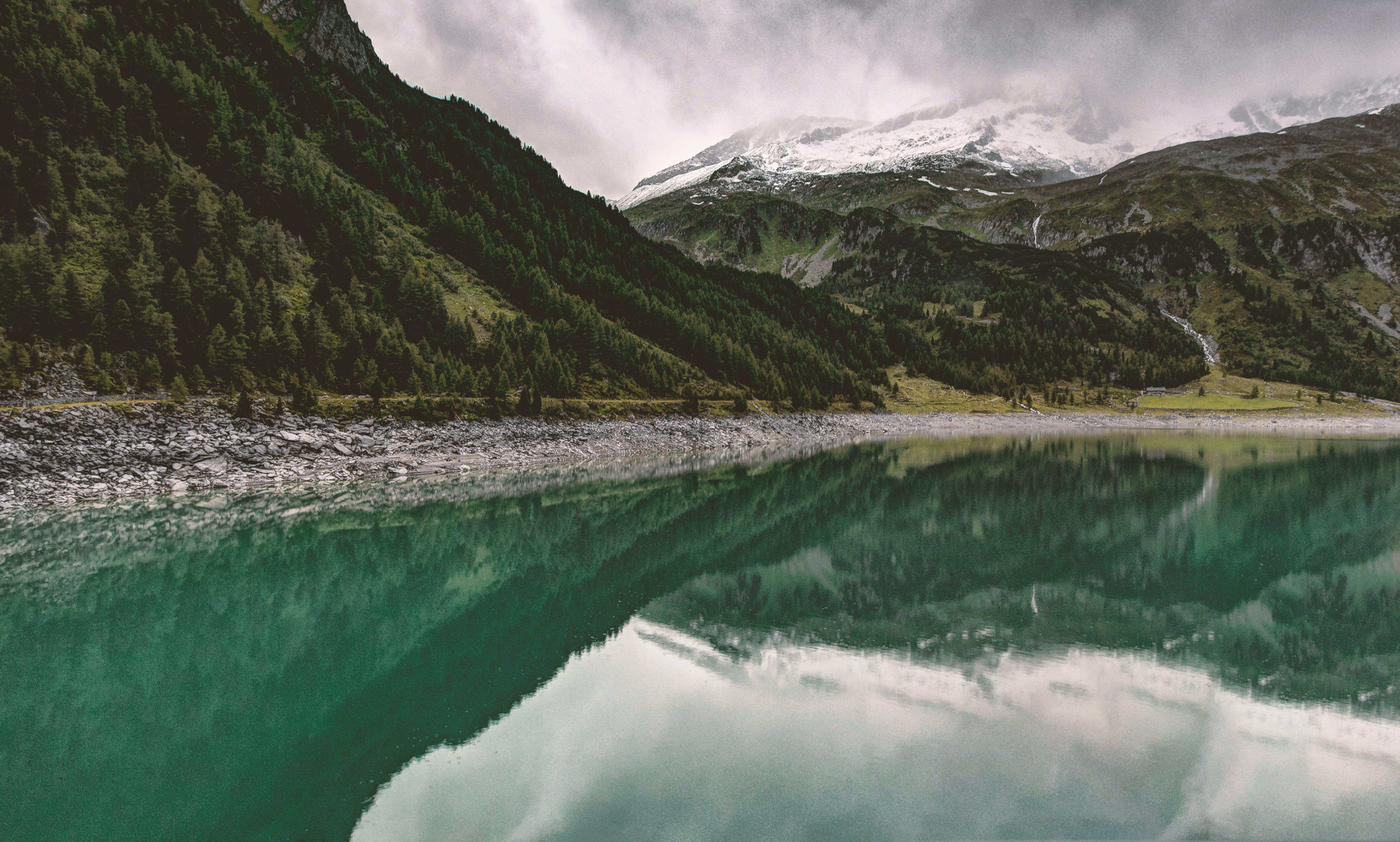Green Mountains and Lake