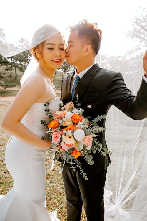 Základová fotografie zdarma na téma asijský pár, dvojice, harmonie, jemný