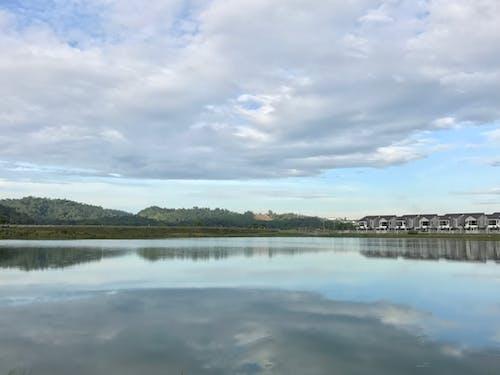 Foto profissional grátis de céu, colocar, espelho, lagoas