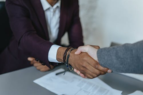Foto stok gratis asisten, berjabat tangan, biro