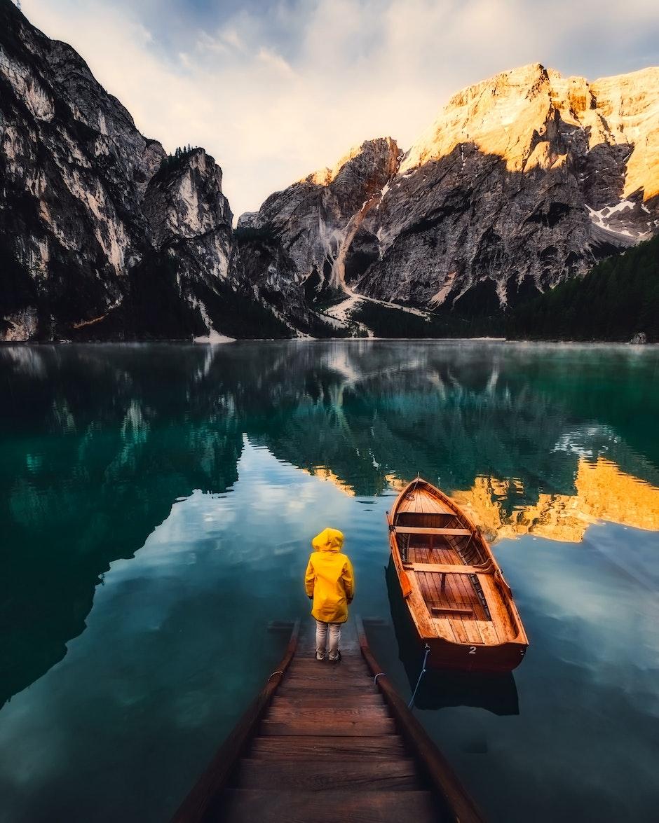 back view, boat, canoe