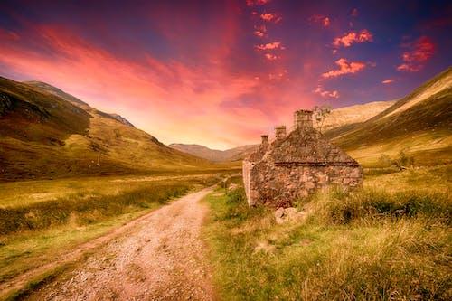 Foto d'estoc gratuïta de alba, bonic, camí, capvespre