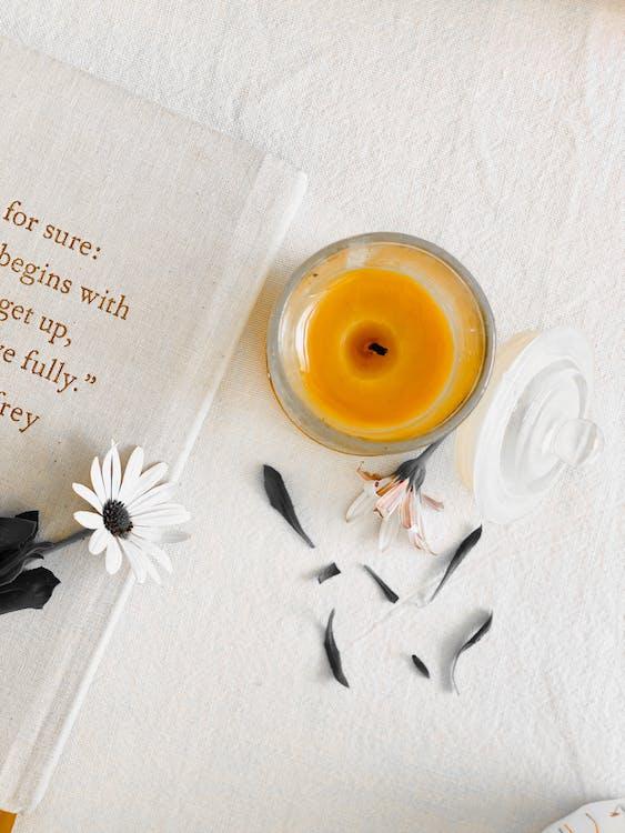 ahşap, aile, aromaterapi içeren Ücretsiz stok fotoğraf