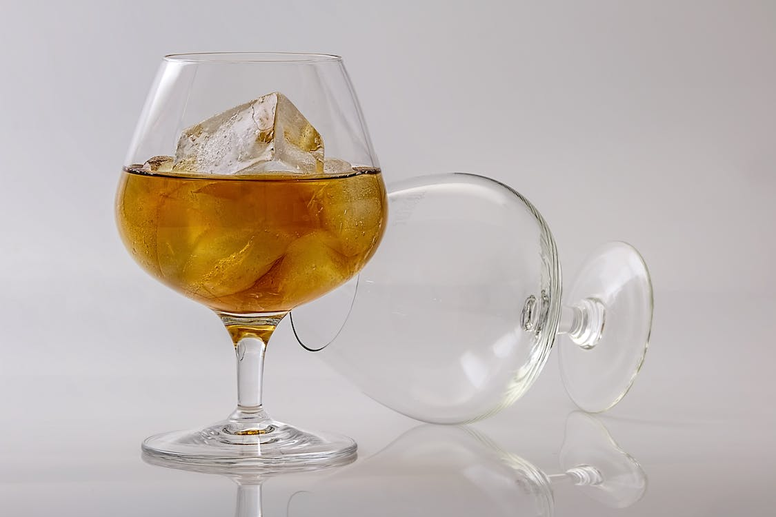 2 Clear Cognac Glass