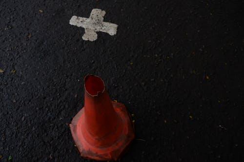 Immagine gratuita di croce, segnale stradale, traffico cittadino