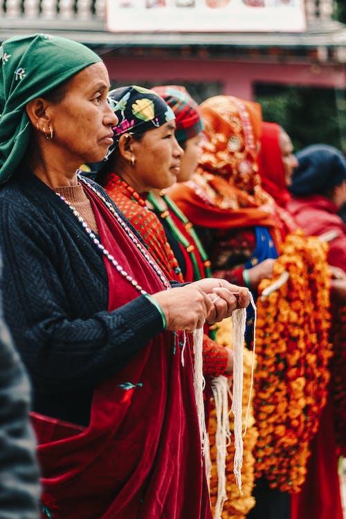 乡村生活, 人, 傳統服飾 的 免费素材图片
