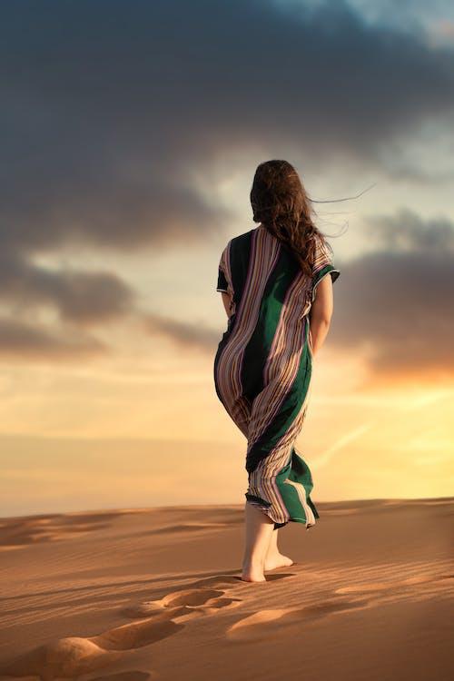 Foto profissional grátis de alvorecer, amanhecer, areia, aurora