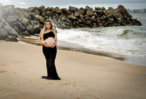 Imagine de stoc gratuită din a fi mamă, baby bump, coastă