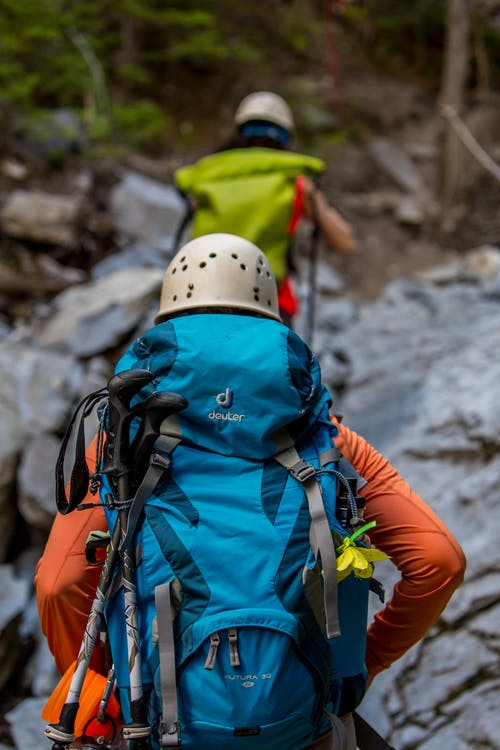 Fotobanka sbezplatnými fotkami na tému aktivita, aktívny, alpinizmus, batoh