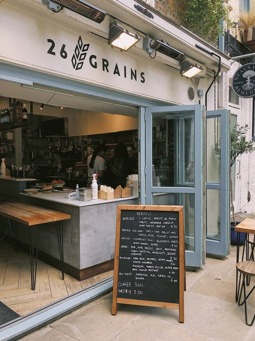 Kostenloses Stock Foto zu architektur, bar, café, drinnen