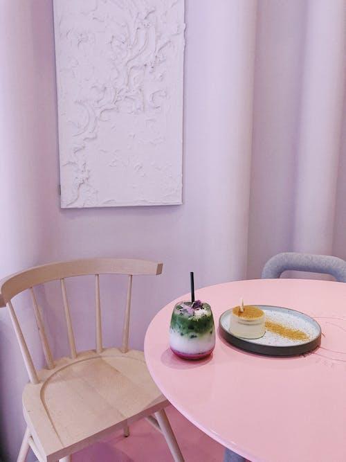Kostenloses Stock Foto zu behandeln, besteck, café, drinnen