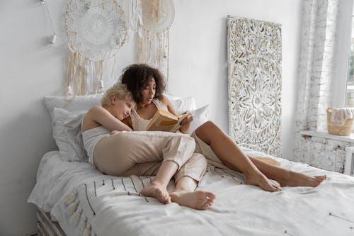 Ingyenes stockfotó ágy, álló kép, beltéri témában