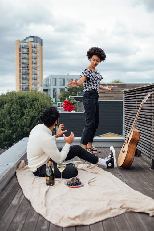 Imagine de stoc gratuită din acoperiș, afro păr, ceartă