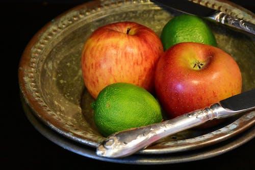 Kostenloses Stock Foto zu äpfel, besteck, diät, essen