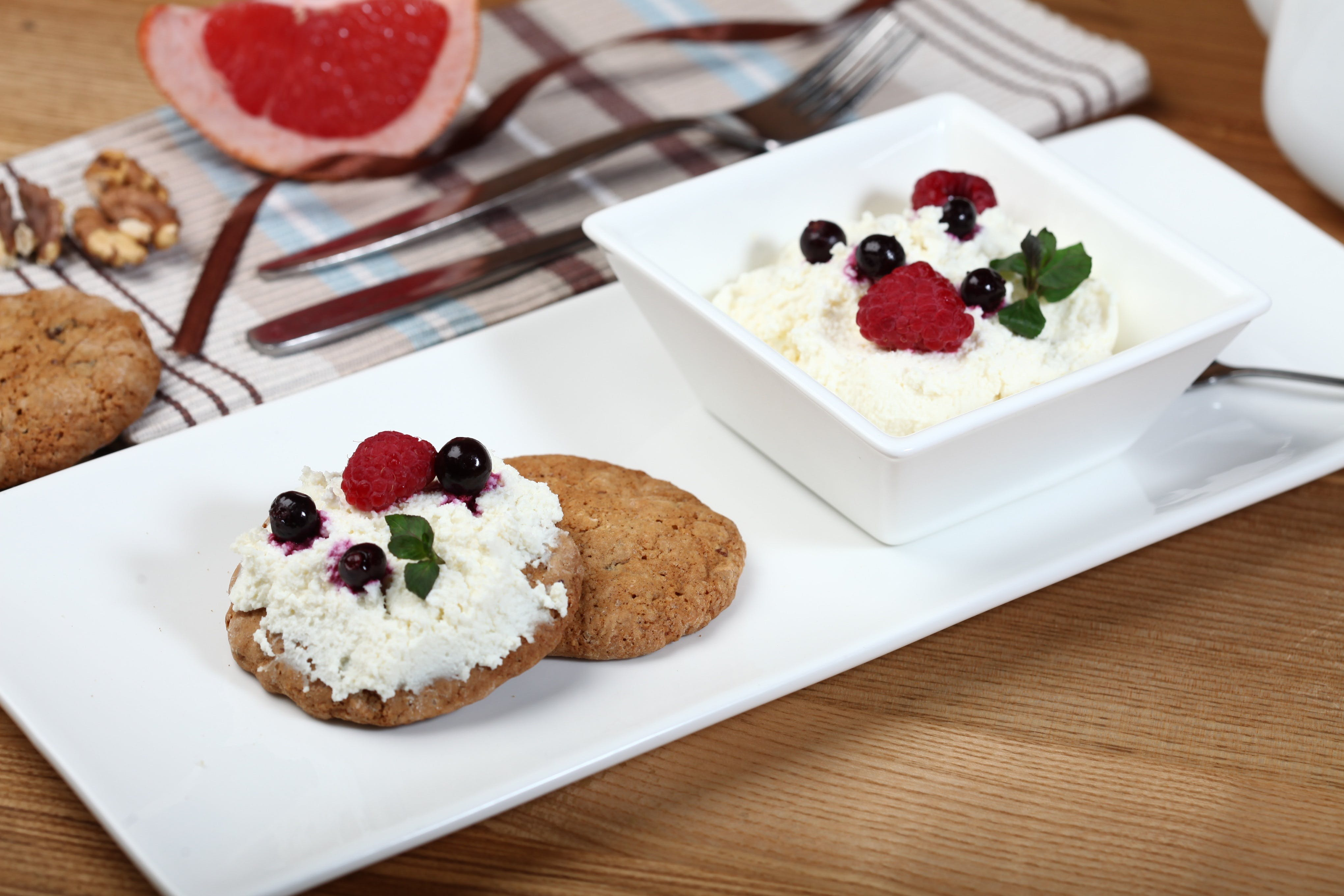 Cookie and Cream Deserts